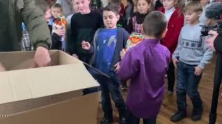 2020-12-20 Раздаём подарки детям